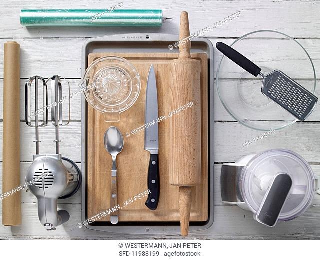 Kichen utensils for making bars
