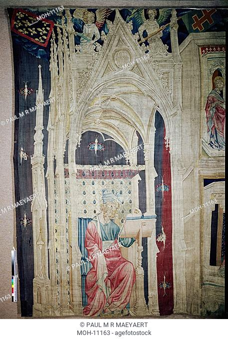 La Tenture de l'Apocalypse d'Angers, Grand Personnage assis sous un baldaquin 4,28 x 2,41m