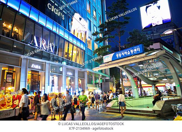 street scene in Myeongdong street, Myeongdong shopping district, Seoul, South Korea