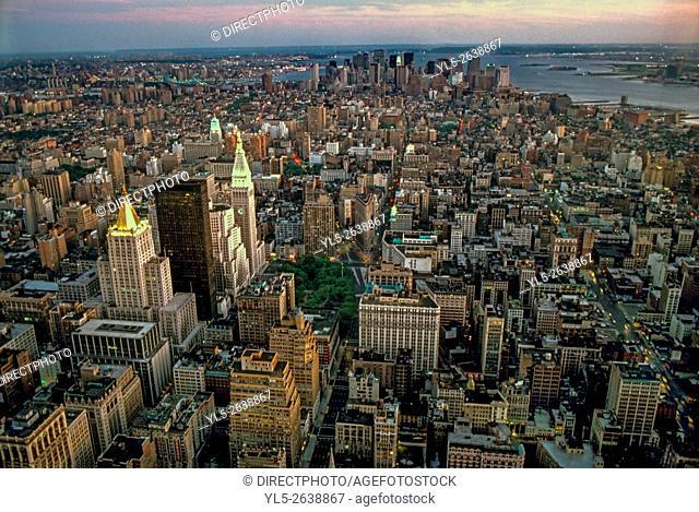 New York, NY, Skyline, South, From Empire State Bldg