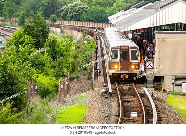 DC Metro train awaiting passengers for boarding in Old Town Alexandria, Virginia