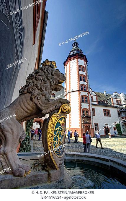Nassau lion, courtyard of Schloss Weilburg castle, Weilburg an der Lahn, Hesse, Germany, Europe