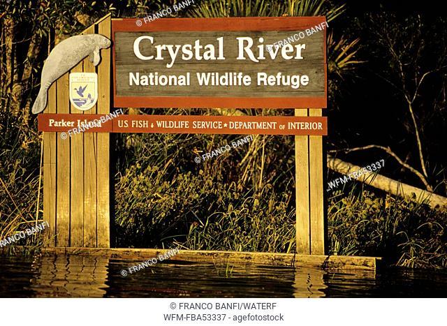 Notice of National Wildlife Refuge, Crystal River, Florida, USA