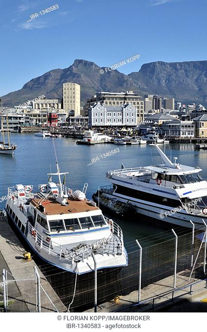 View of the V & A Waterfront and Table Mountain, Cape Town, South Africa, Africa