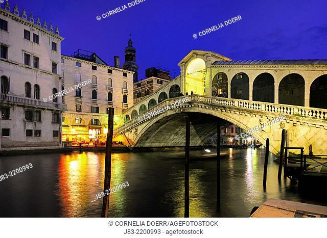 Grand canal with illuminated Rialto Bridge , Venice, Veneto, Italy, Europe