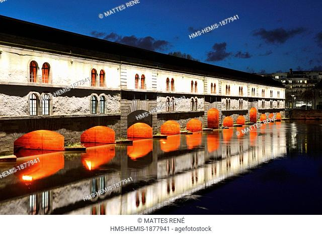 France, Bas Rhin, Strasbourg, old town listed as World Heritage by UNESCO, the Covered Bridges over the River Ill