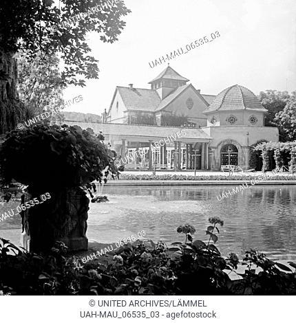 Die Einrichtungen für Trinkkuren in Bad Nauheim, Deutschland 1930er Jahre. Institutions for drinkimng cure at Bad Nauheim, Germany 1930s
