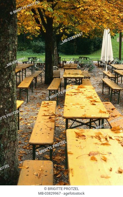 Germany, Bavaria, Munich,  Michael y types, human-empty, autumn,   Upper Bavaria, sea, Ostparksee, beer garden, tables, benches, parasols, abandoned, nobody
