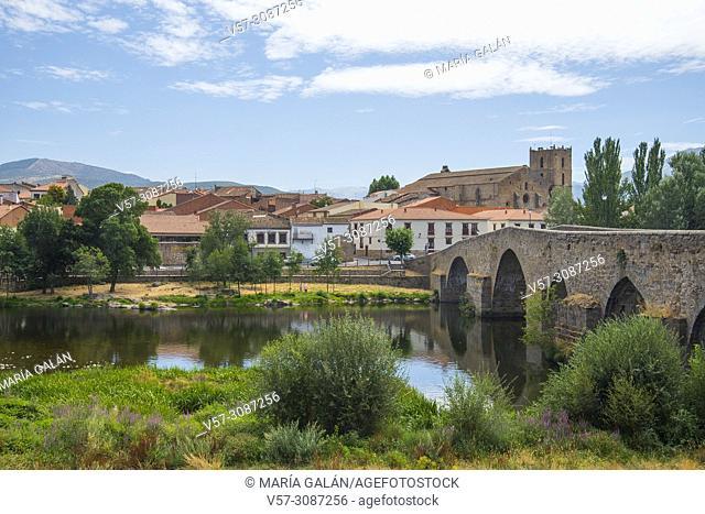River Tormes, medieval bridge and overview of the village. El Barco de Avila, Avila province, Castilla Leon, spain
