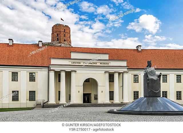 In the new arsenal are parts of the Lithuanian National Museum. The new arsenal is located in the old town of Vilnius. In front of the National Museum is the...
