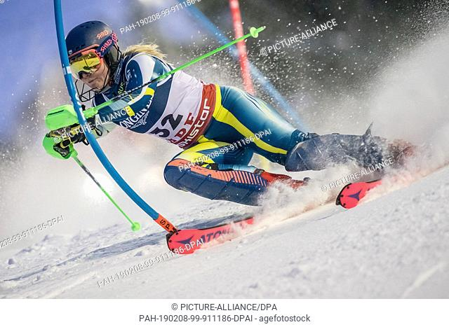 08 February 2019, Sweden, Are: Alpine skiing: Combination, ladies: Greta Small from Australia on the slalom course. Photo: Michael Kappeler/dpa