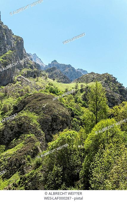 Spain, Asturia, Picos de Europa National Park, Ruta del Cares, Mountainscape