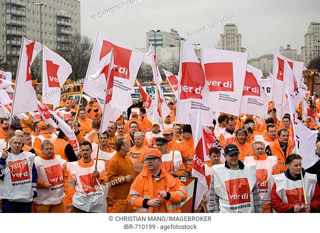 BSR and BWB water and garbage workers union walkout, warning strike demonstrations on February 22, 2008 in Berlin, Germany