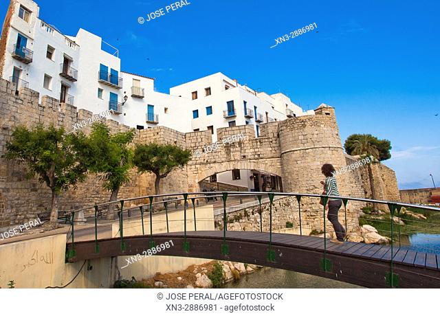 Old town and fortress, Peníscola, Castellón province, Valencian Community, Spain, Europe
