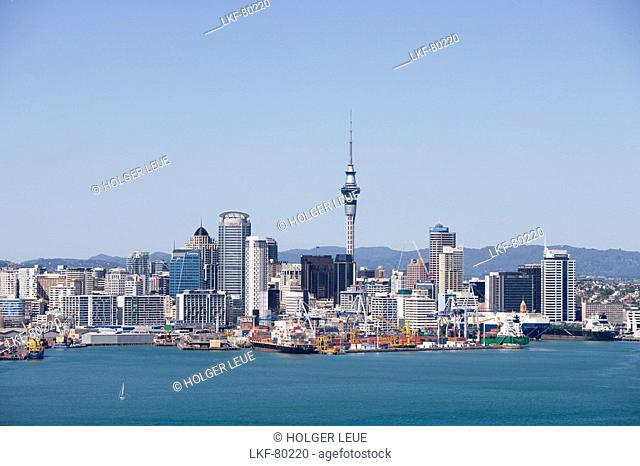 Auckland Skyline, View from Mt. Victoria, Devonport, Auckland, North Island, New Zealand