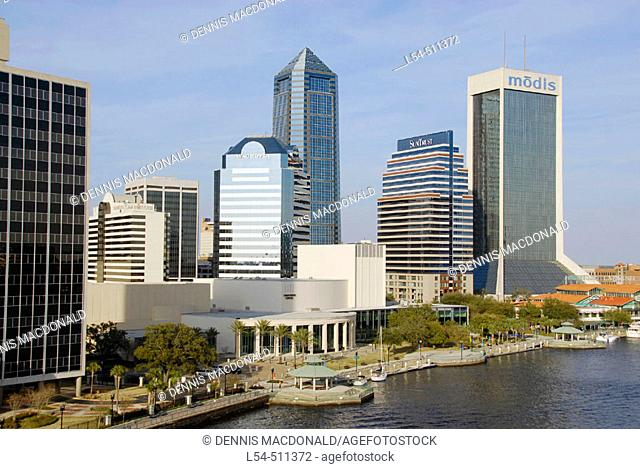 The Jacksonville Landing Riverfront riverwalk recreation and entertainment area in the city of Jacksonville Florida. USA