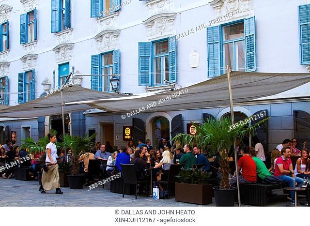 Austria, Styria, Graz, Mehlplatz, Restaurant
