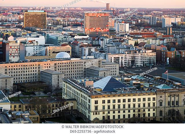 Germany, Berlin, Mitte, Panorama Punkt-Potsdamer Platz, elevated city view of Mitte government buildings, sunset