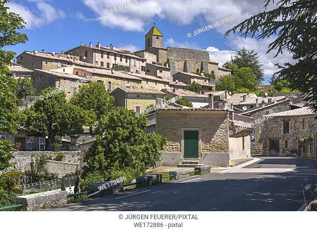 old village Aurel with stone houses, Provence, France, department Vaucluse, region Provence-Alpes-Côte d'Azur