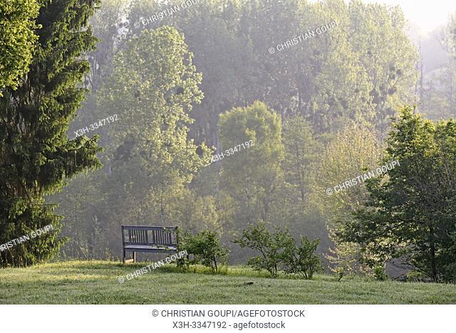 parc du Chateau des Essards, Maison d'hotes a Langeais, departement Indre-et-Loire, region Centre-Val de Loire, France, Europe/park of the Chateau des Essards