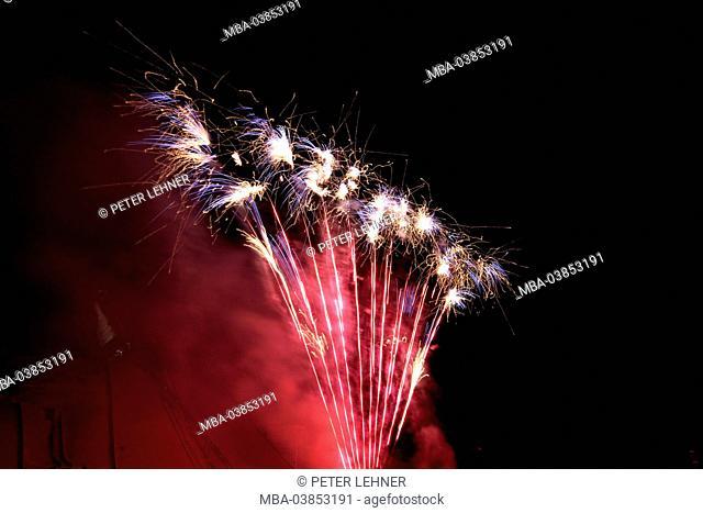Germany, Garmisch-Partenkirchen, fireworks, cascade, design fireworks, rocket flare, winter