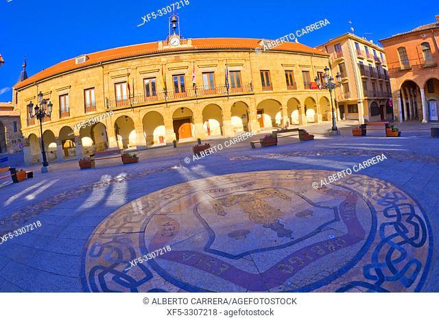 Benavente City Hall, 18th Century Neoclassic Style, Street Scene, Tipycal Architecture, Benavente, Zamora, Castilla y León, Spain, Europe