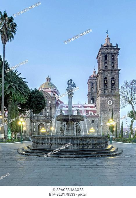 Fountain in Puebla town square, Puebla, Mexico