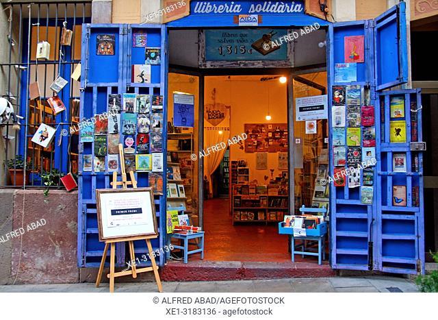 solidary bookstore, Gracia district, Barcelona, Catalonia, Spain