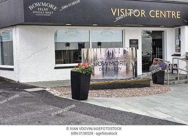 Bowmore distillery, Visitor centre, Bowmore, Islay, Inner Hebrides, Argyll, Scotland, UK