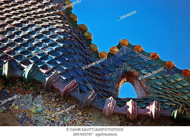 Spain, Cataluna, Barcelona, Eixample, detail of tiles on the roof top of Casa Batlo House of Bones, by the architect Antoni Gaudi