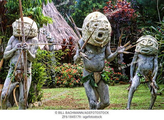 Strange Mudmen Tribe in Mt  Hagen, Papua New Guinea