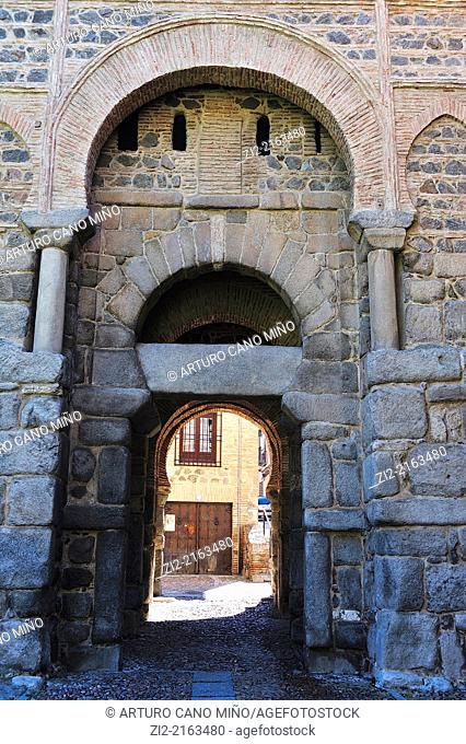 Gate of Alfonso VI or Vieja de Bisagra, IXth century. Toledo, Spain
