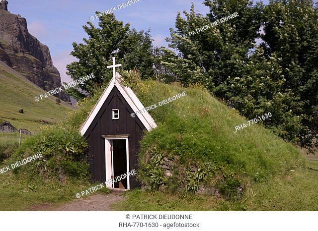 Small church at Nupsstadur, under Lomagnupur cliffs, dating from the 17th-century, in the care of the National Museum of Iceland, South Iceland, Iceland