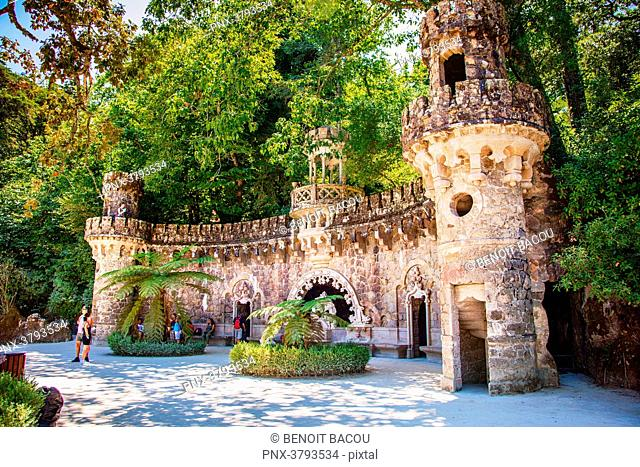 Monument to Italian architect Luigi Manini the Gardens of La Quinta da regaleira, Sintra, Lisbon area, Portugal