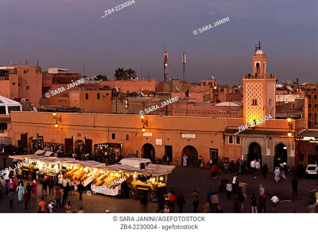 Djemaa El Fna Square after sunset, Marrakesh or Marrakech, Morocco, North Africa
