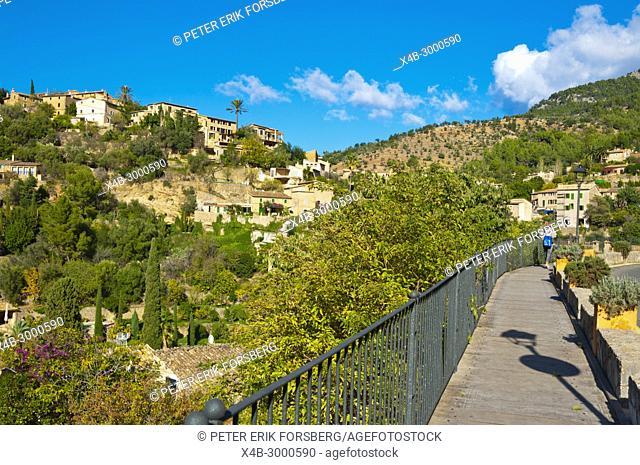 Walkway on the side of road, Deia, Mallorca, Balearic islands, Spain