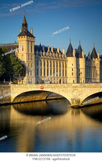 Early morning sunlight on the infamous Concierge on Ile-de-la-Cite, Paris, France