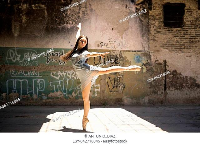Ballet dancer dancing street Stock Photos and Images   age