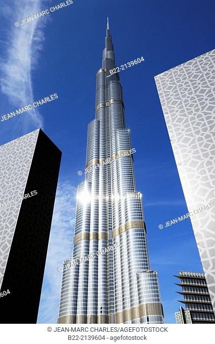 Burj Khalifa, tallest building in the world (828m), Dubai, United Arab Emirates, Persian Gulf