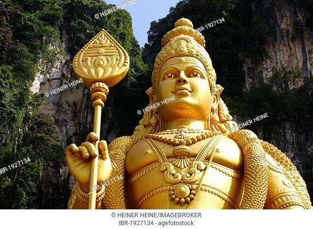 Statue of the god Murugan, Hindu festival Thaipusam, Batu Caves limestone caves and temples, Kuala Lumpur, Malaysia, Southeast Asia, Asia