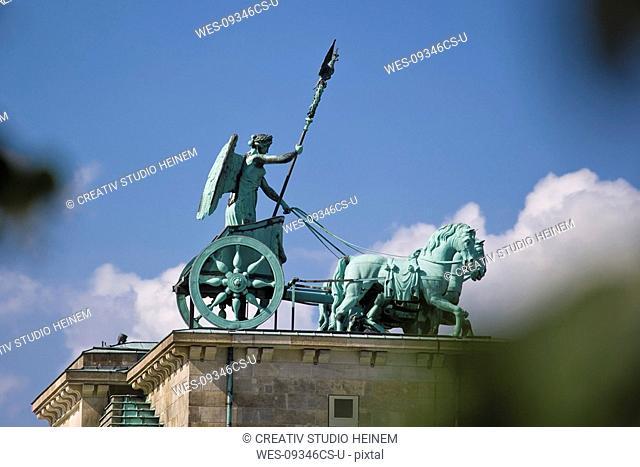 Germany, Berlin, Brandenburg Gate, Quadriga