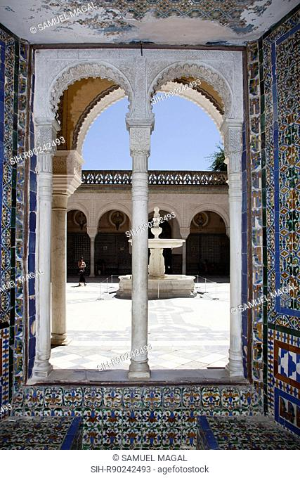 Plaza de Pilatos is actually an exquisite palace, ordered by Pedro Enriquez, head governor of Andalusia. It was designed as a copy of the praetory of the...