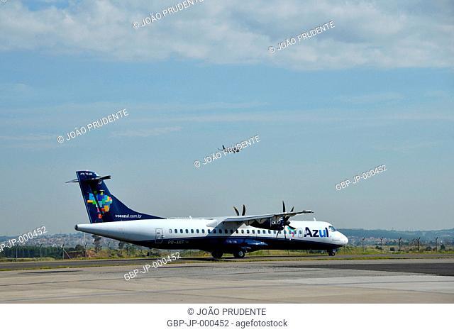 Aircraft preparing to take off at Viracopos International Airport, Campinas, São Paulo, Brazil, 04.2017