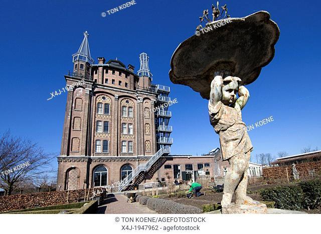 villa augustus is a famous restaurant/hotel in Dordrecht, netherlands