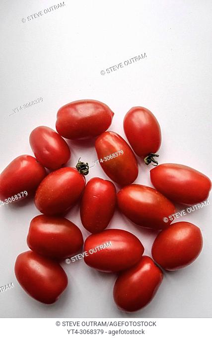 Small biologically grown Tomatoes
