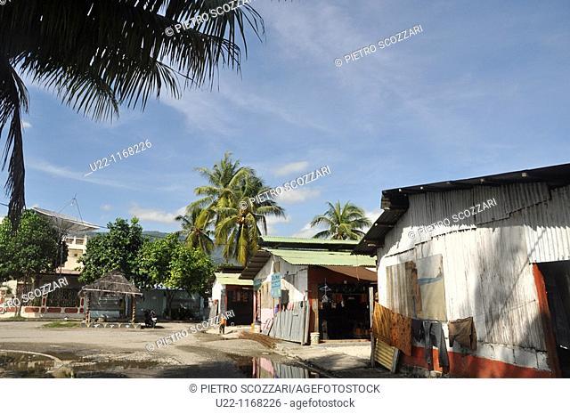 Dili (East Timor): the Tais Market