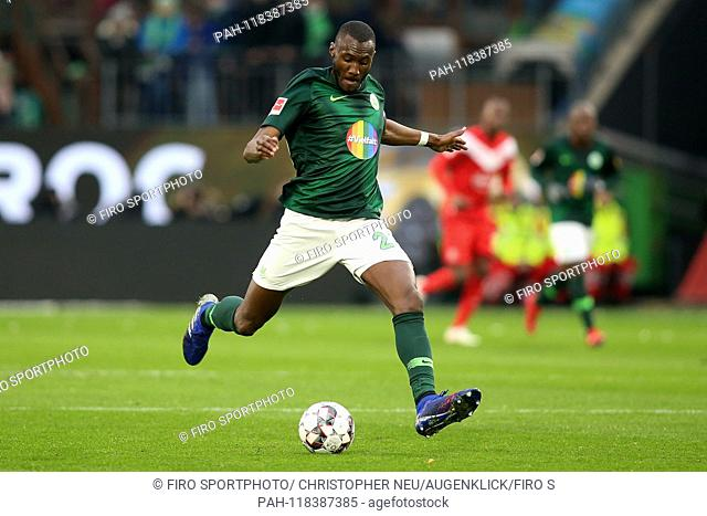 firo: 16.03.2019 Football, 1.Bundesliga, season 2018/2019 VfL Wolfsburg - Fortuna Dusseldorf, Josuha GUILAVOGUI, VfL Wolfsburg, full figure, single action