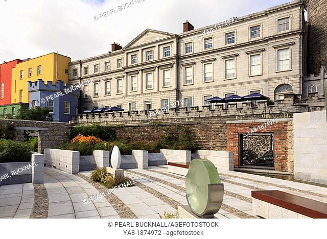Dublin, Republic of Ireland, Eire, Europe  View to the State Apartments of Dublin Castle from the Garda Memorial Garden