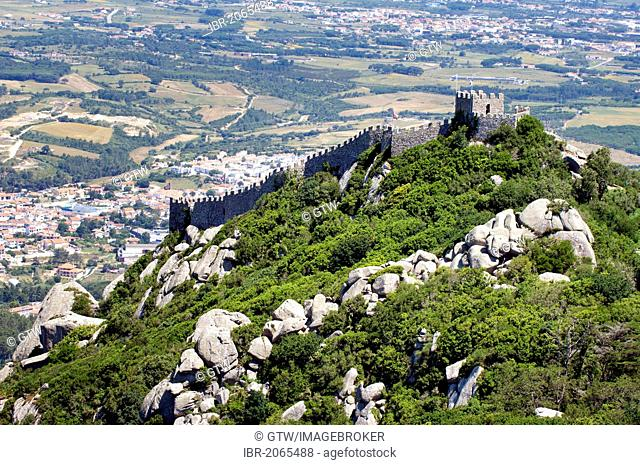 View of Castelo dos Mouros, Castle of the Moors, Sintra, Unesco World Heritage Site, Lisbon, Portugal, Europe