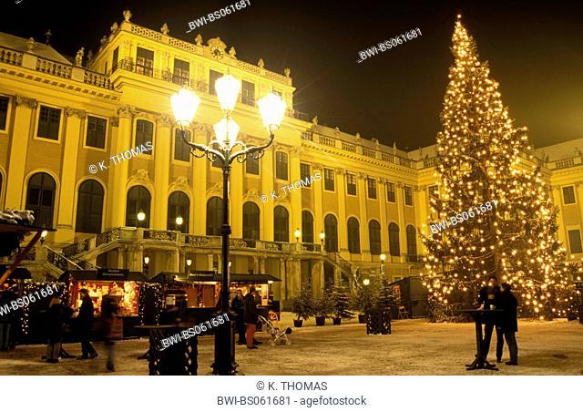 Christmas market at Schoenbrunn castle, Austria, Vienna, 13. district, Vienna - Schoenbrunn
